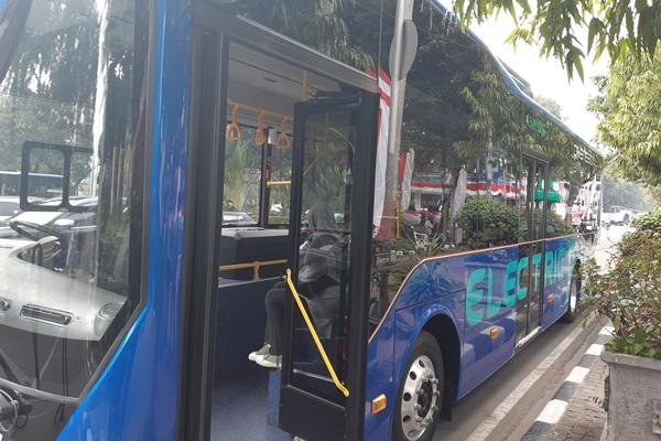 Transjakarta Buka Peluang Kehadiran Bus Listrik Mercedes Benz, Volvo, dan Scania