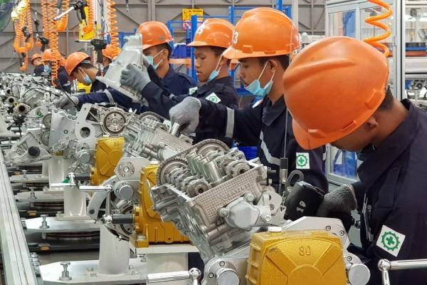 KABAR PASAR 6 JANUARI: Manufaktur Siap Pacu Produksi, Investor Waswas